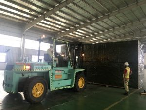 Lifting service in Quang Ninh by forklift
